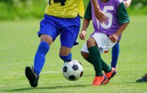 サッカーをしている子供に多い膝の痛みについて