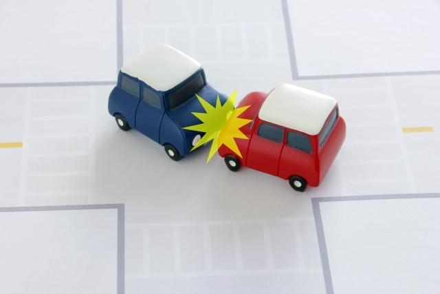 交通事故発生から示談まで事故発生日①